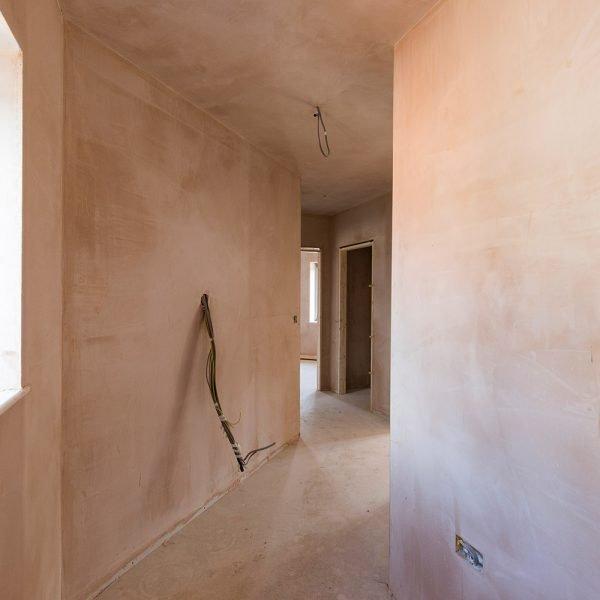 Plastering in hallway